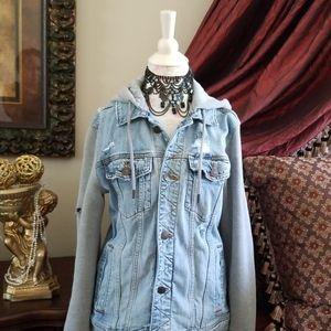 💖WEEKEND SALE💖 Hollister Denim Jacket